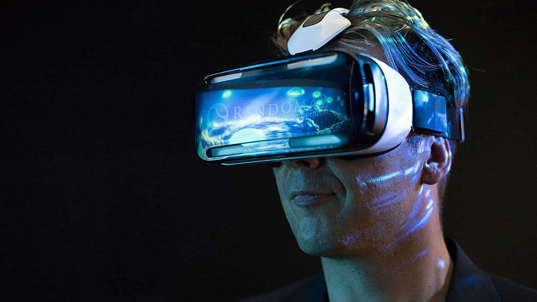 Random42-Oculus-GearVR-Headset