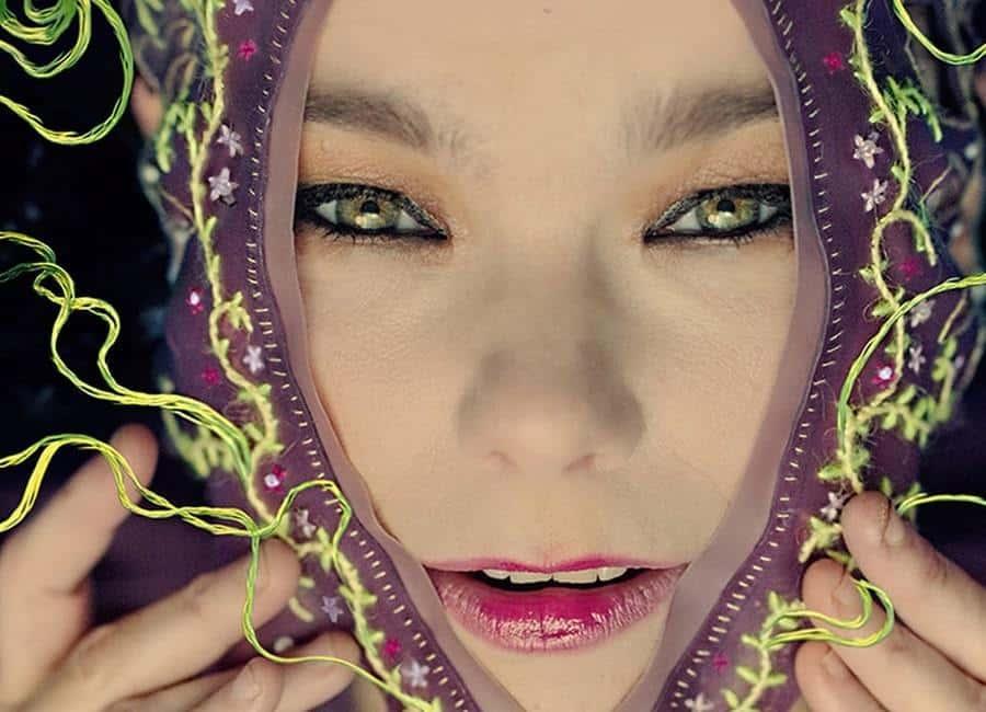 """Björk släpper trailer för nya VR-filmen """"Family"""""""