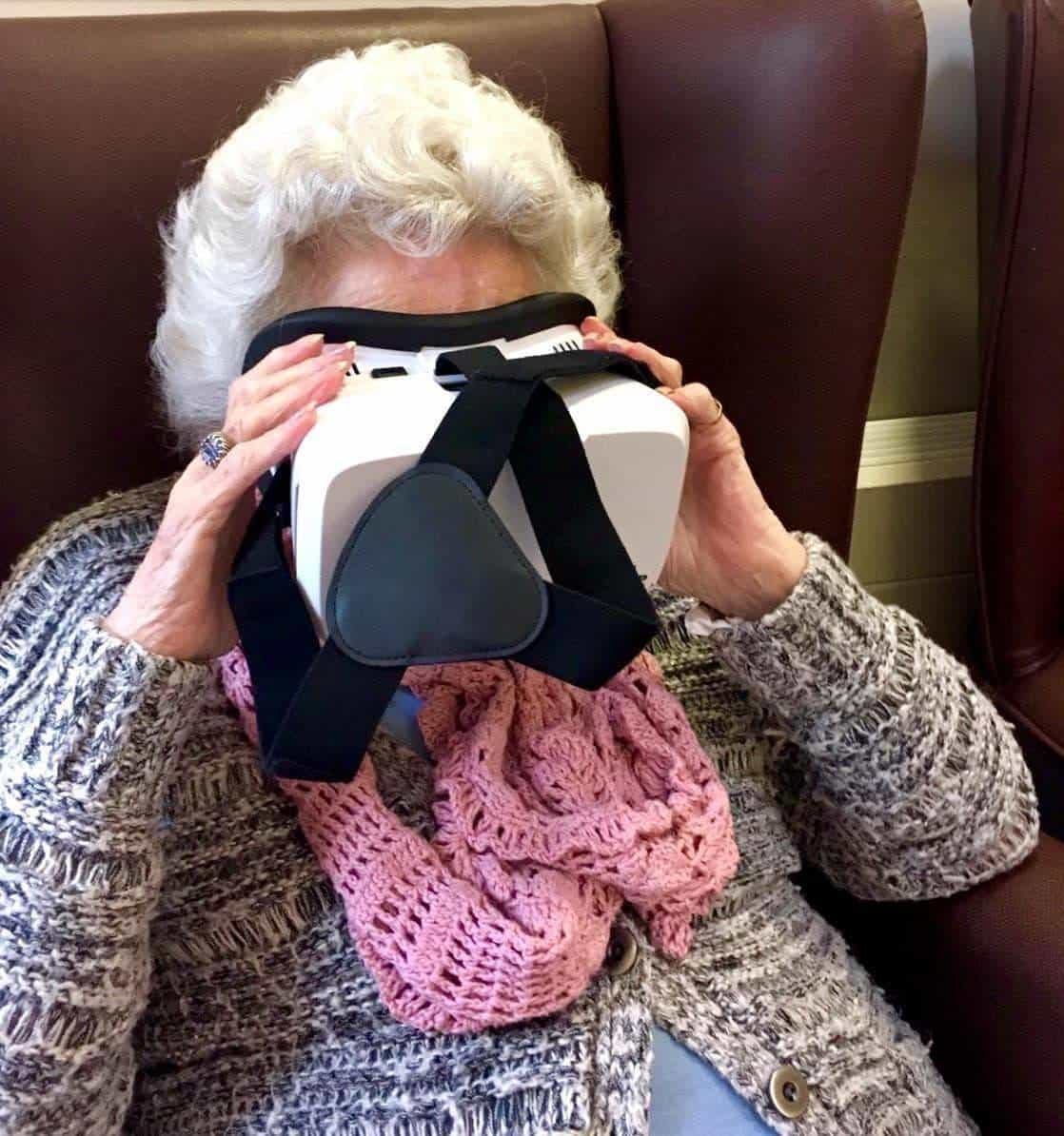 Hur VR och Snapchat blev en jättehit på ett äldreboende