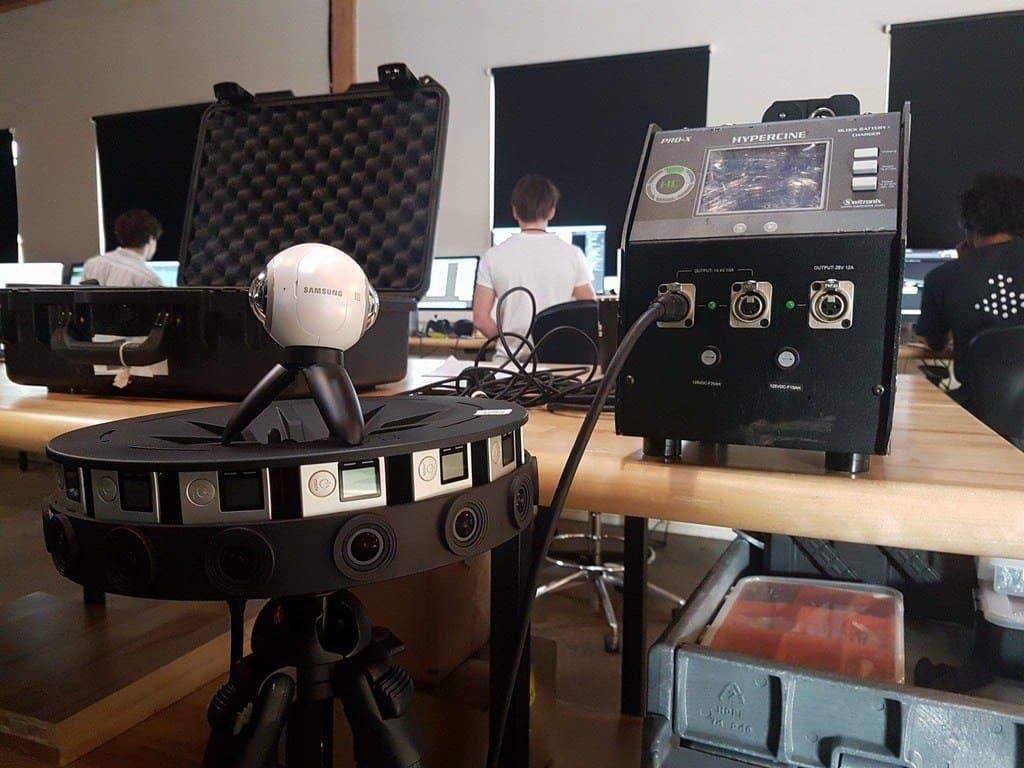 Min egen Gear360 ovanpå Vrplayhouses 16 gopros i Google Odessey